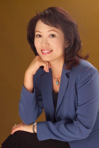 Slightly Larger - Maya Hu-Chan - preferred - book headshot